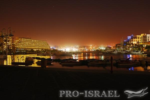 Ночной Эйлат, Израиль, Красное море