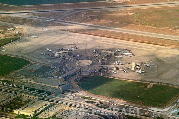Вид из самолета, аэропорт Бен-Гурион, Тель-Авив, Израиль