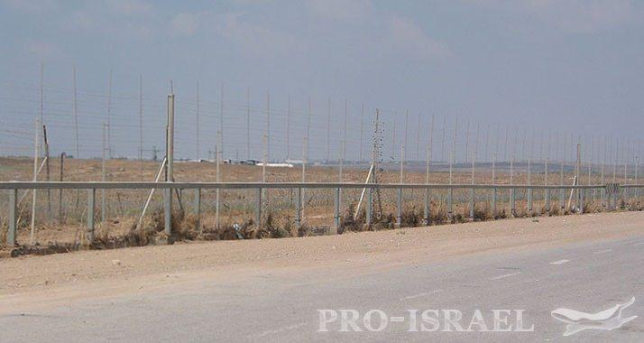 http://www.pro-israel.ru/wp-content/gallery/pogranichnoj-stenoj-otgorazhivaetsya-izrail-ot-sirii/cektor.jpg