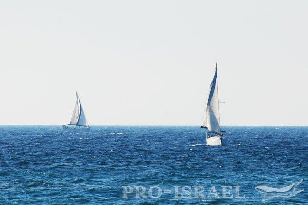 Водные виды спорта на Средиземном море, Тель-Авив, Израиль