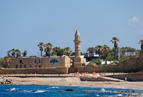Где находится Израиль и с какими государствами граничит?