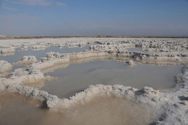 В Мертвое море нальют воды из Красного